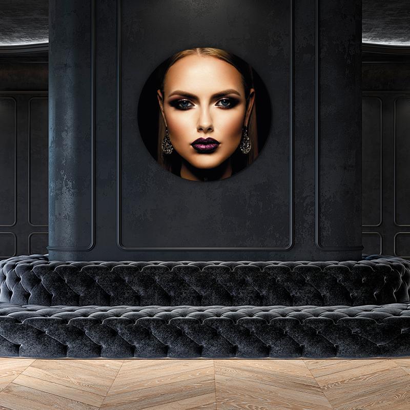 ToF Futuristic Woman - ToF aan je muur